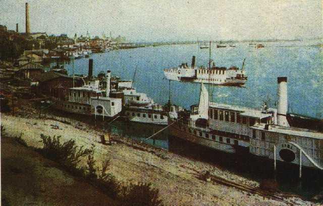 Нажмите на изображение для увеличения Название: Вид на речной порт .jpg Просмотров: 340 Размер:41.2 Кб ID:3839